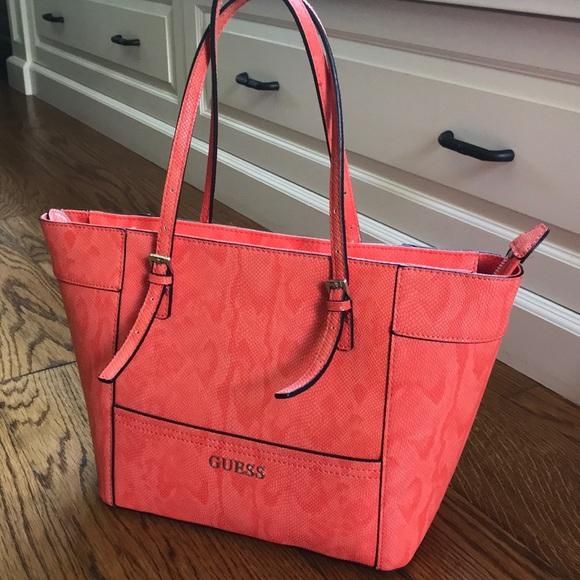 Guess Bags | Coral Handbag | Poshmark